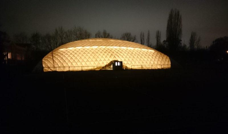 Unsere Halle ist beleuchtet